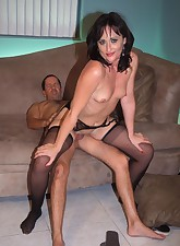 Milf in sexy lingerie Hollie..