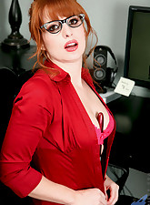 Red hot office exec Amber..