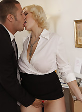 Busty blonde worker is horny..