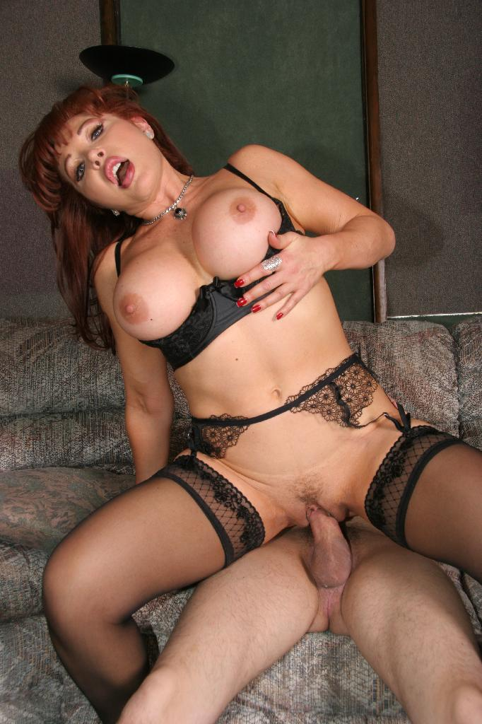 MILFs Ultra photo 14