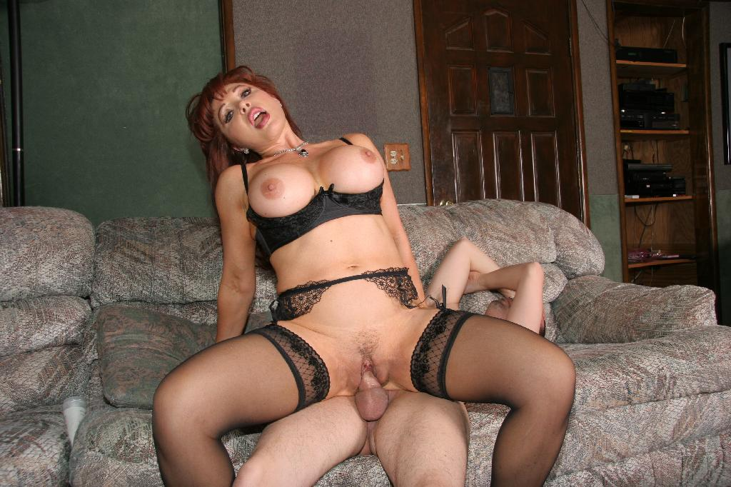 MILFs Ultra photo 15